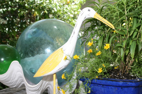 """EGRET BIRD"" - RUSTIC YELLOW COASTAL 14"" - GARDEN/HOME DECOR"