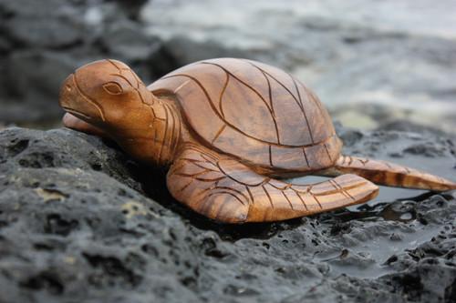 "Carved Hawaiian Turtle Honu 12"" Natural - Hand Carved   #yu40330n"