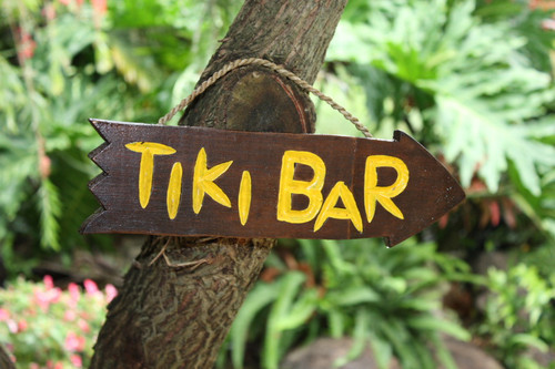 """TIKI BAR"" DRIFTWOOD SIGN 12"" - POOL DECOR"