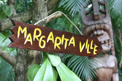 """MARGARITAVILLE"" DRIFTWOOD SIGN 20"" - POOL DECOR"