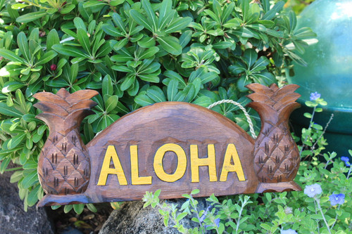 "Pineapple Welcome Sign w/ Aloha 12"" Tropical Decor 