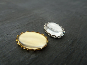 Scalloped Oval Trays 10x14mm