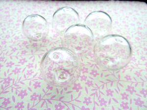 Clear Hollow Blown Glass Beads - Round 20mm