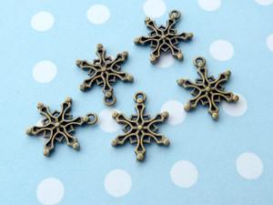 Snowflake Charms B