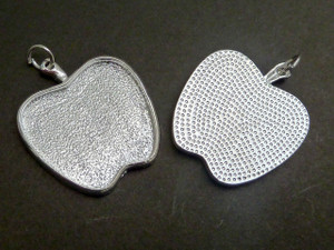 Apple Pendant Trays 25x23mm