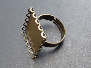 Square Scalloped Ring 20mm
