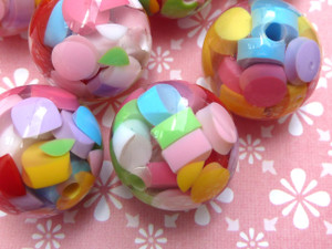 Confetti Resin Beads 18mm