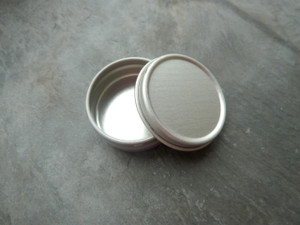 Tiny Round Metal Gift Tins