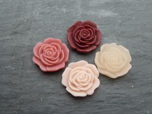 Resin Roses 16mm