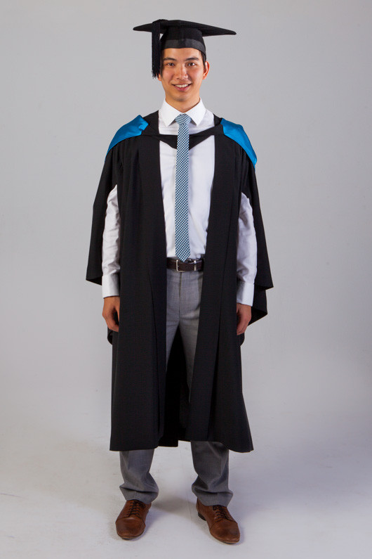 QUT Bachelor Graduation Gown Set - Science and Engineering | GownTown