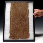 PCT013 - EX-MUSEUM PRE-COLUMBIAN ANCIENT TEXTILE WITH GEOMETRIC DESIGNS AND ORIGINAL PIGMENT