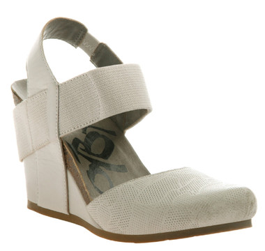 OTBT Rexburg- Women's Wedge with contrast elastic band- White (white color with white elastic) Textured leather