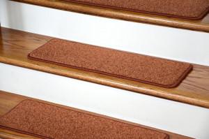"Dean Carpet Stair Treads 27"" x 9"" Maple Leaf Plush (Set of 13)"