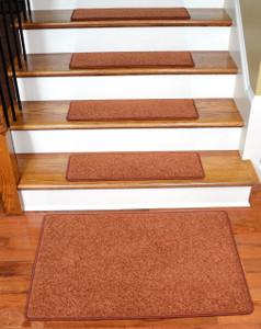 """Dean Carpet Stair Treads 27"""" x 9"""" Maple Leaf Plush (13) Plus 2' x 3' Mat"""