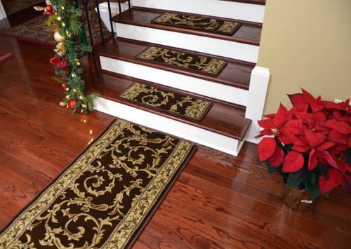 Dean Premium Non Skid Carpet Stair Treads   Brown Scrollworks II   15 Pack  PLUS A Matching 5 Foot Long Landing Runner