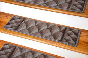 "Dean Premium New Zealand Wool Carpet Stair Treads - Shadowscape Woodlands (Set of 15) 30"" x 9"""