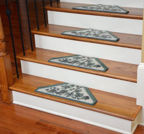 Washable Non Skid Carpet Stair Treads Green Vine 13
