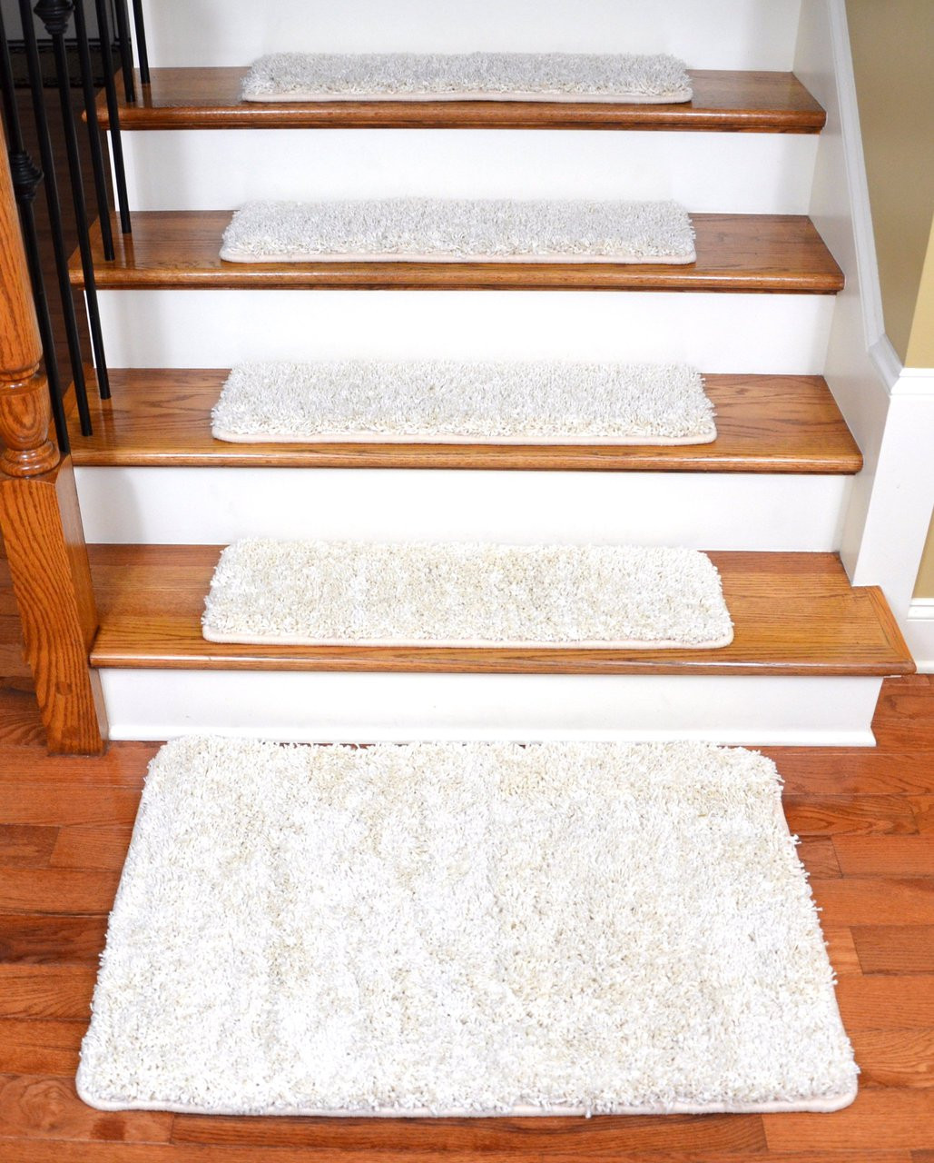"Diy Stair Treads Out Of Flor Tiles: Dean Serged DIY Premium Carpet Stair Treads 30"" X 9"