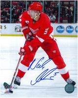 Nicklas Lidstrom Autographed 8x10 Photo #8 - 2012 Home Action