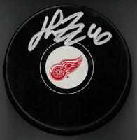 Henrik Zetterberg Autographed Detroit Red Wings Souvenir Puck