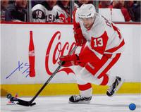Pavel Datsyuk Autographed Detroit Red Wings 16x20 Photo #2 - Skating (horizontal)