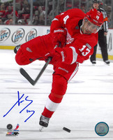 Pavel Datsyuk Autographed Detroit Red Wings 8x10 Photo #1 - One Leg Shooting