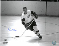 Gordie Howe Autographed Detroit Red Wings 11x14 Photo #1 - black & white on the open ice
