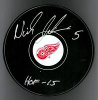 "Nicklas Lidstrom Autographed Detroit Red Wings Souvenir Puck Inscribed ""HOF 15"""