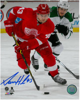 Darren Helm Autographed Detroit Red Wings 8x10 Photo #2 - Vertical