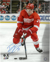 Dylan Larkin Autographed Detroit Red Wings 16x20 Photo #2 - Eye On The Puck