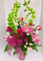 Fresh Mixed Spring Vase With Lilies, Roses and Snaps