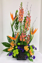 Birds and Snapdragon Stylish Fresh Arrangement