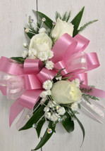 3 bloom sweetheart child size wrist corsage