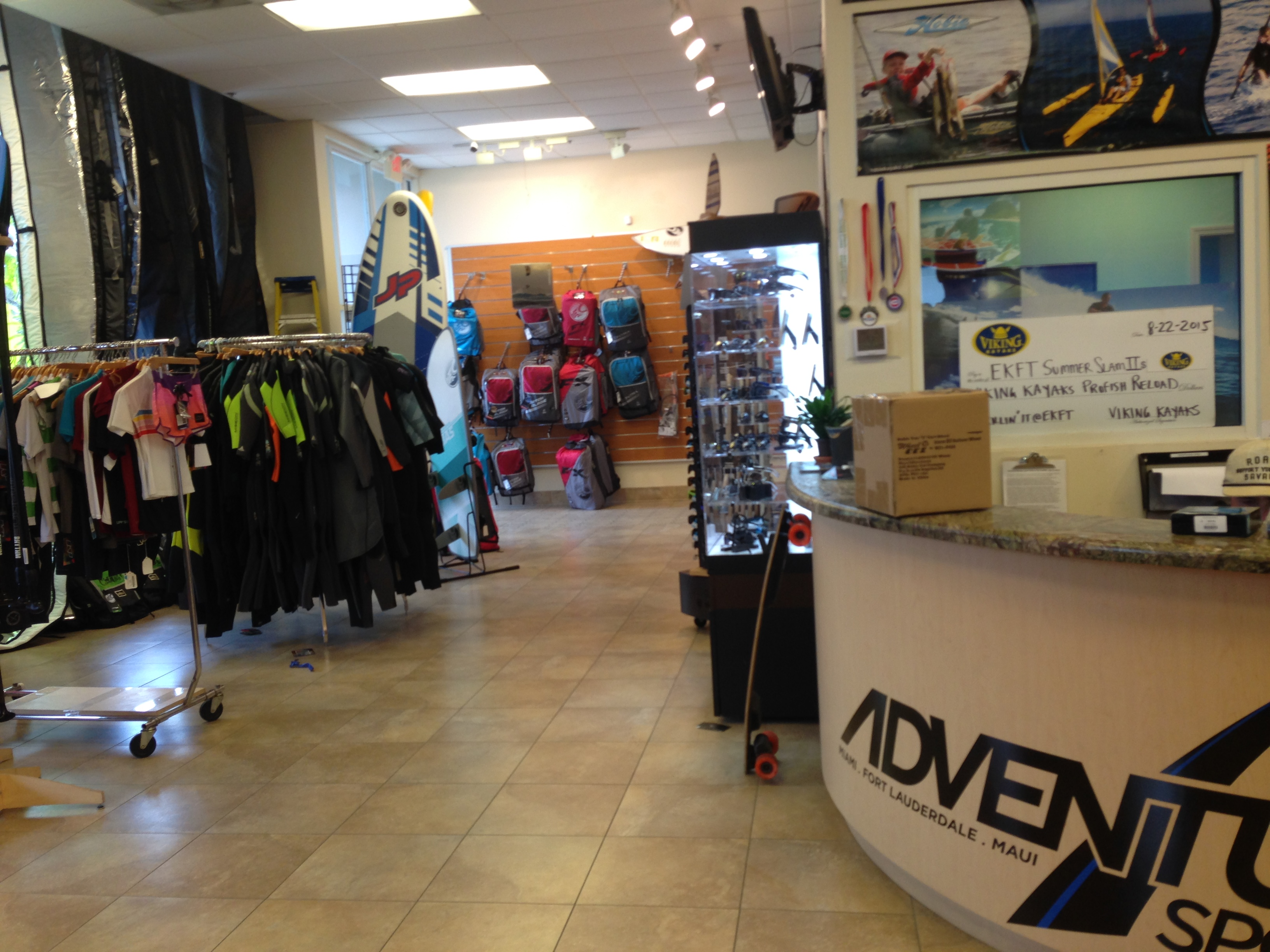 1600eae0378b9 Oakley Outlet Dolphin Mall – Southern California Weather Force