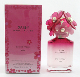 Daisy Eau So Fresh Kiss by Marc Jacobs Eau De Toilette Spray for Women 75 ml./ 2.5 oz.  New