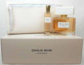 Dahlia Divin Givenchy Eau De Parfum Spray 2.5 oz.+Travel Spray 15 ml.+ Cosmetic Bag. New Set.