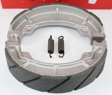 WATER GROOVED REAR BRAKE SHOES & SPRINGS for Honda ATC TRX 90 110 125 125M 185S 200