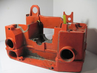 Jonsered Chainsaw #3 ENGINE HOUSING OIL / FUEL TANK 510 520 Used