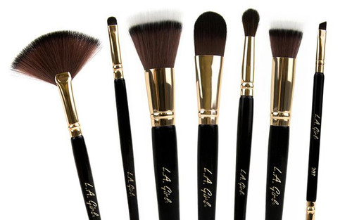 LA Girl Cosmetics PRO.brush