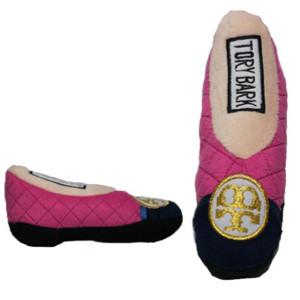 Shoe Dog Toy   Tory Bark