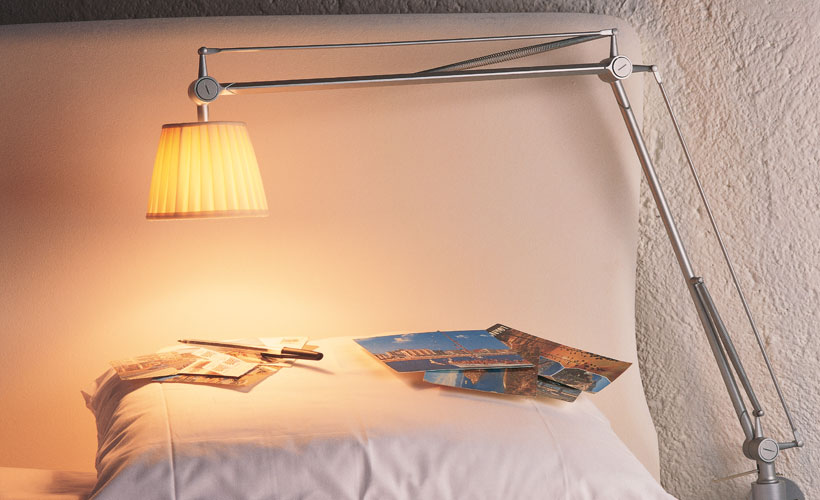 modern bedroom lighting flos usa 13361 | archimoon soft sleeping 01