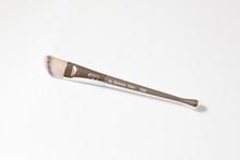 288 Foundation Brush
