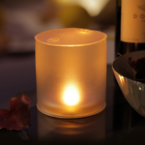 Image 1 & Stellavolta: MPOWERD Luci Candle Inflatable Solar Light