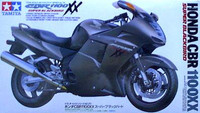 Honda CBR-1100XX Super Blackbird 1/12 Tamiya