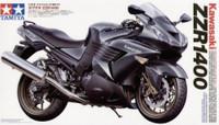 Kawasaki ZZR 1400 Motorcycle 1/12 Tamiya