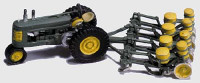 Scenic Details Seeder & Tractor (1938-1946) HO Scale Woodland Scenics