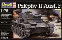 PzKpfw II Ausf F WWII Tank 1/76 Revell Germany