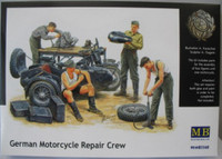 German Motorcycle Repair Crew (4) w/Motorcycle 1-35 Masterbox