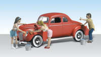 Suds & Shine 1940's Ford Coupe w/Figures Washing Car N Scale Woodland