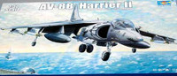 AV-8B Harrier II Early Version Attack Aircraft 1/32 Trumpeter